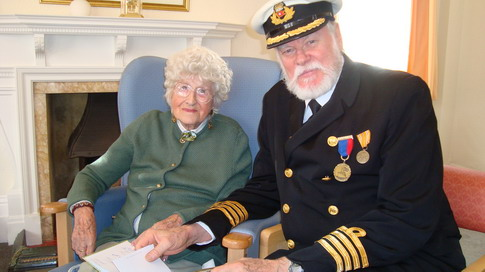 Lowell Lytel with Millvina Dean